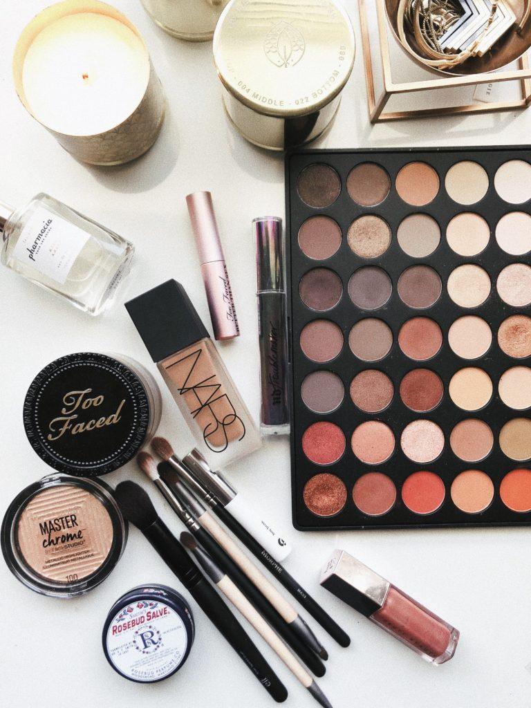 化妝品的正確使用與保存